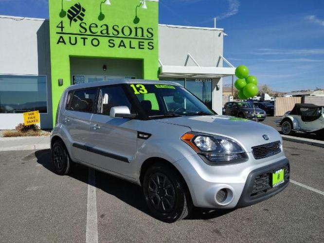 2013 Bright Silver Metallic Kia Soul Base (KNDJT2A54D7) with an 1.6L L4 DOHC 16V engine, 5-Speed Manual transmission, located at 1865 East Red Hills Pkwy, St. George, UT, 84770, (435) 628-0023, 37.120850, -113.543640 - Photo #0